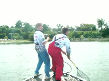 VIRGINIA COMMONWEALTH - MICK   DEE000 - Lake Erie - 1 - video  6
