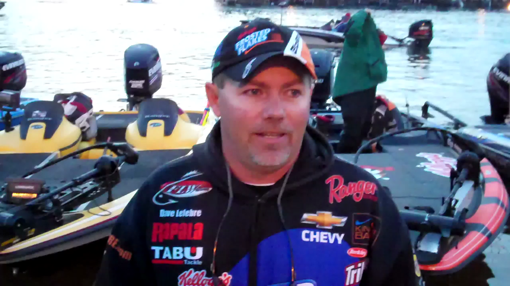 Kellogg s Frosted Flakes pro Dave Lefebre talks day two on Beaver Lake
