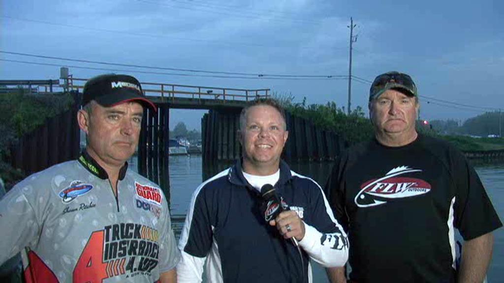 2011 Walleye Tour  1 Lake Erie Final Day Take-Off Interviews 8