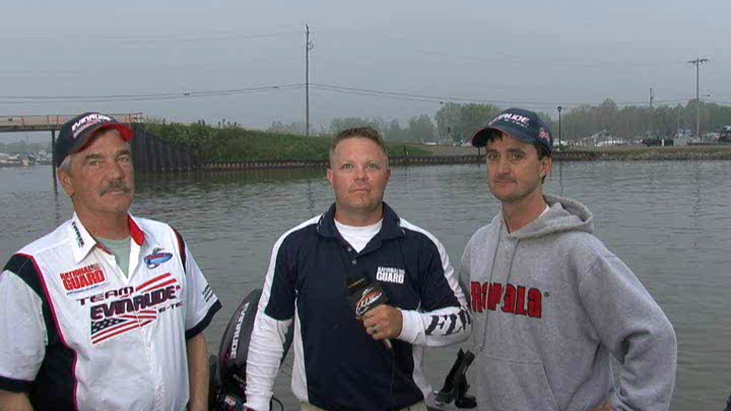 2011 Walleye Tour  1 Lake Erie Final Day Take-Off Interviews 2