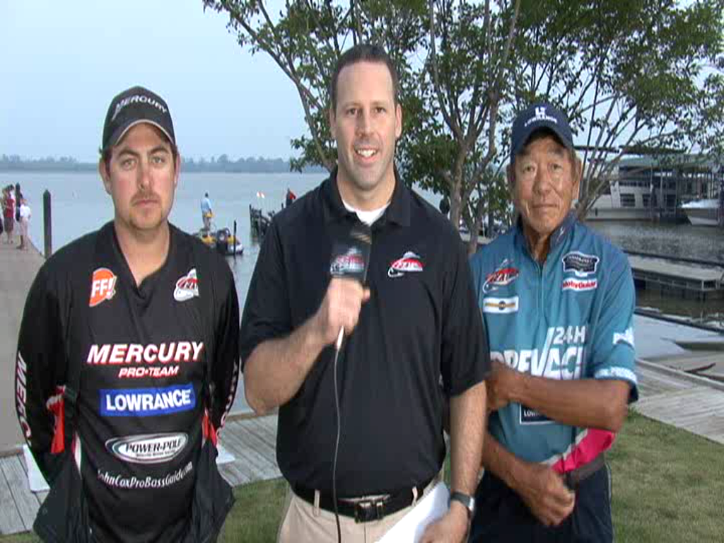 2011 FLW Tour Major on the Red River - Final Day Take-Off Interview Cox and Yamamoto