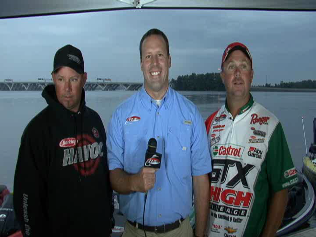 2011 FLW Tour Open 2 Potomac River Final Day Take-Off Interview Lane and Dudley