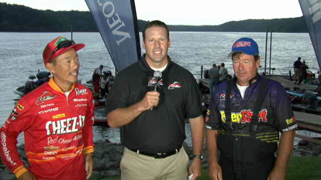 2011 FLW Tour Major Kentucky Lake Take-Off Interview Fukae and Bird