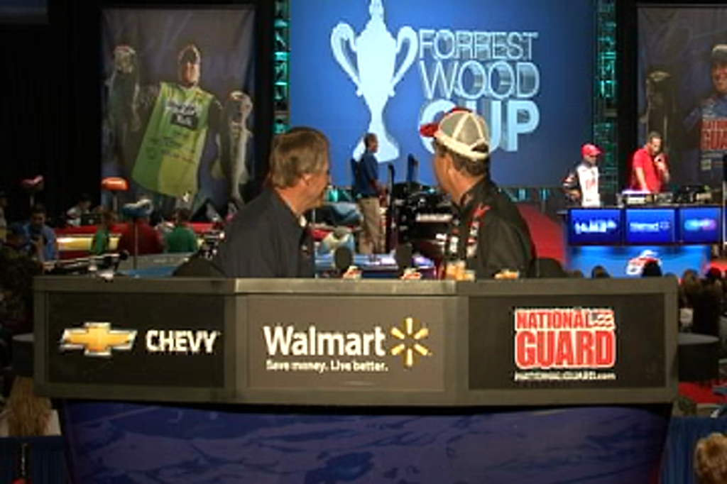 Jay Yelas and Hank Parker talk at the Forrest Wood Cup