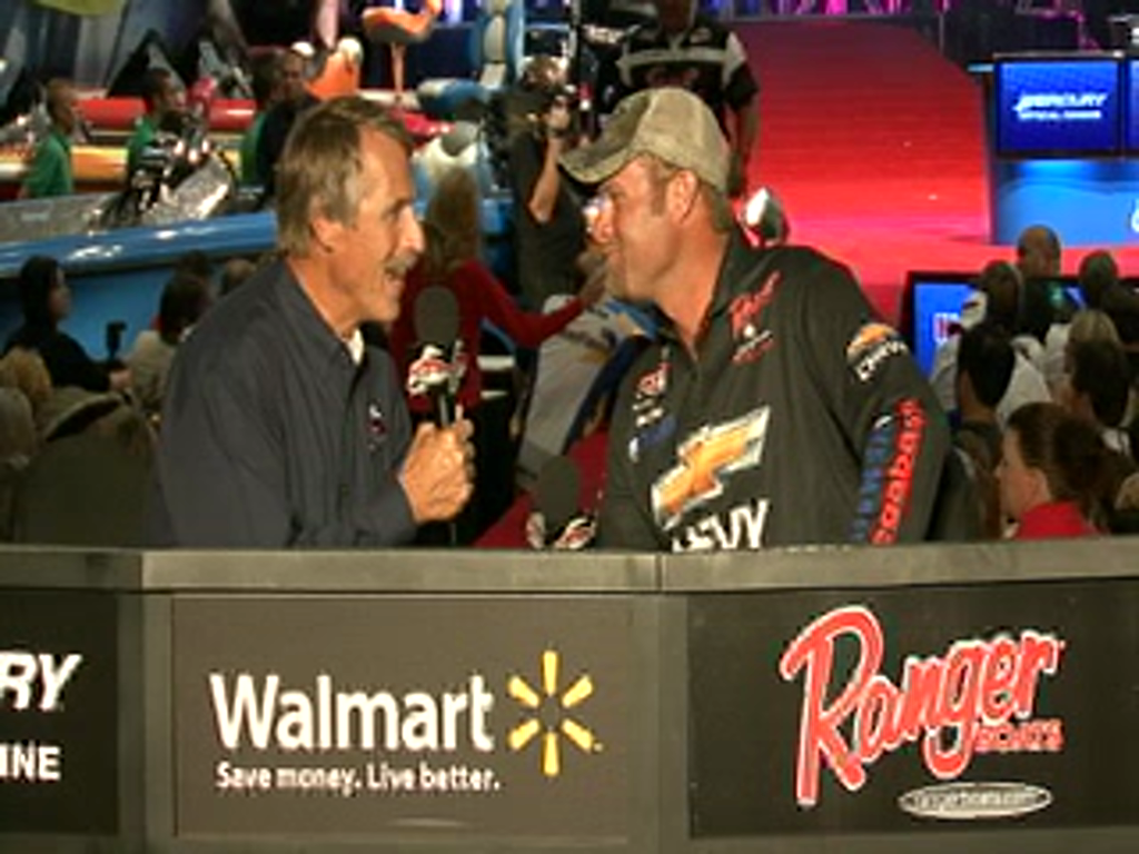 Luke Clausen is interviewed by Hank Parker on day 2 of the Forrest Wood Cup