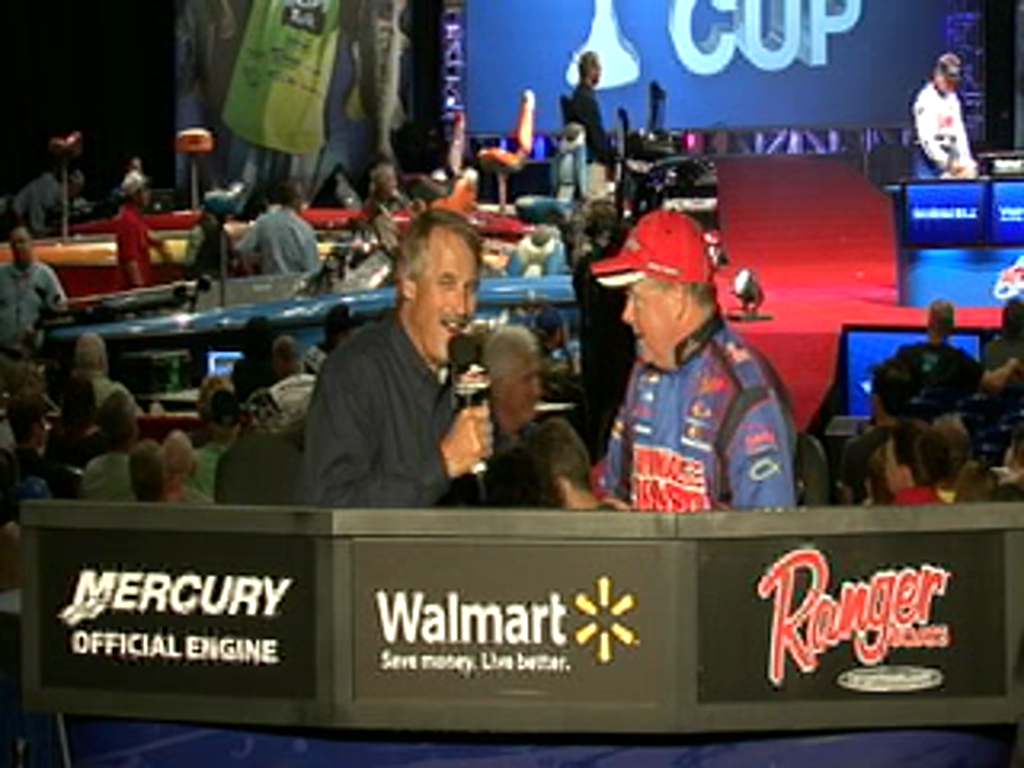 Mark Rose is interviewed by Hank Parker on day 2 of the Forrest Wood Cup