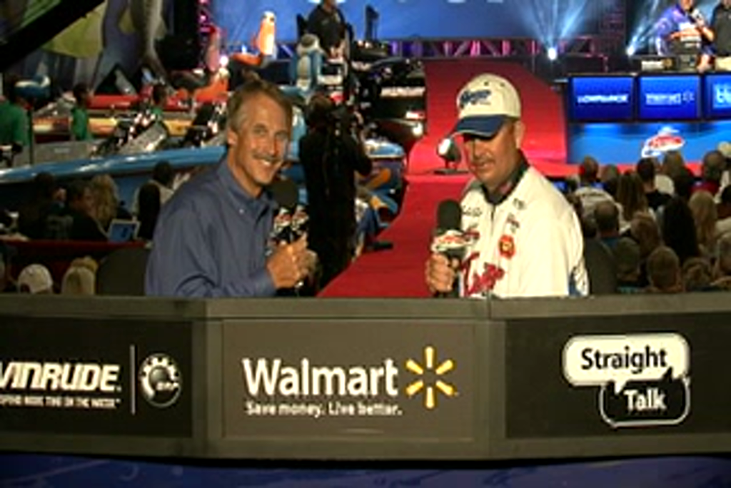 Todd Auten is interviewed by  Hank Parker on day 3 of the Forrest Wood Cup 2011