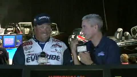 Tommy Skarlis is interviewed by Chip Leer on day 2 of the FLW Walleye Tour Championship