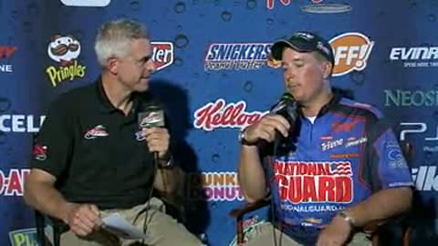 Mark Courts is interviewed by Chip Leer on day 3 of the FLW Walleye Tour Championship