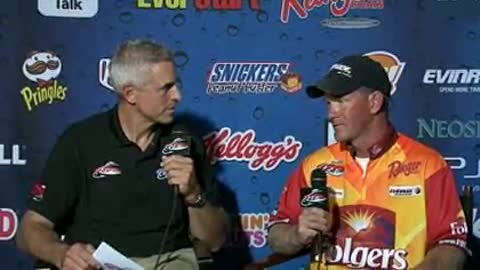 Ryan Jirik is interviewed by Chip Leer on day 3 of the FLW Walleye Tour Championship