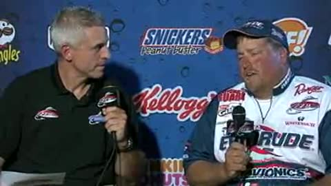 Tommy Skarlis is interviewed by Chip Leer on day 3 of the FLW Walleye Tour Championship