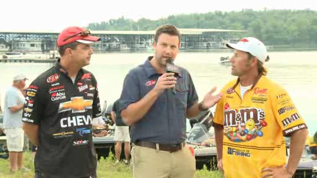 2012 FLW Tour Major on Kentucky Lake Final Day Take-Off Interviews Yelas   Moynagh