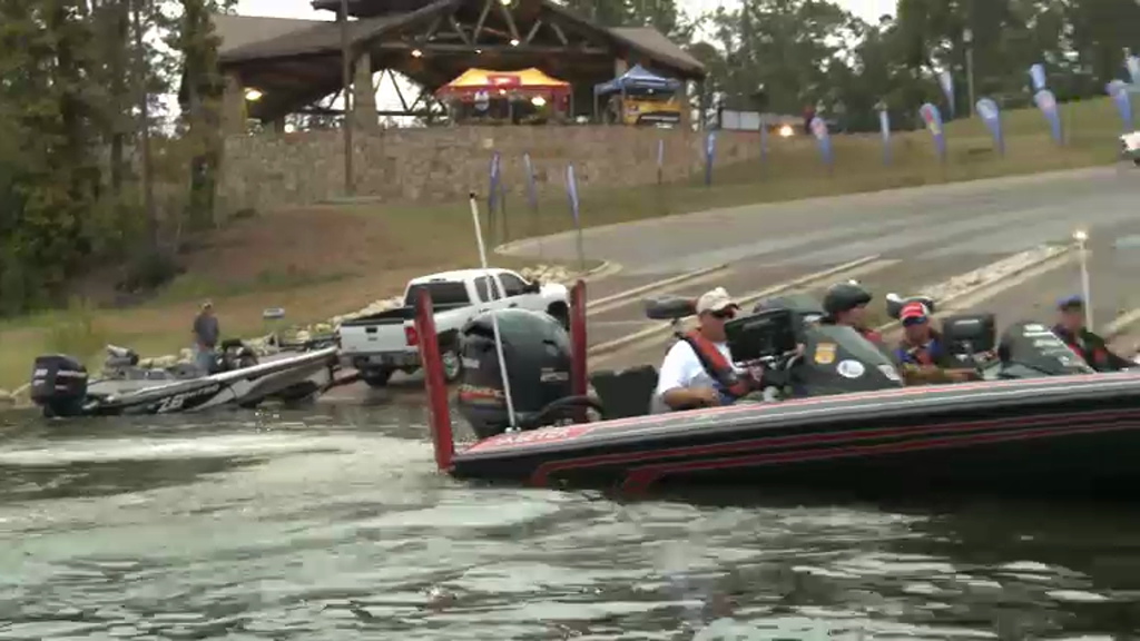 2012 FLW Tour Open Sam Rayburn Final Day Take-Off