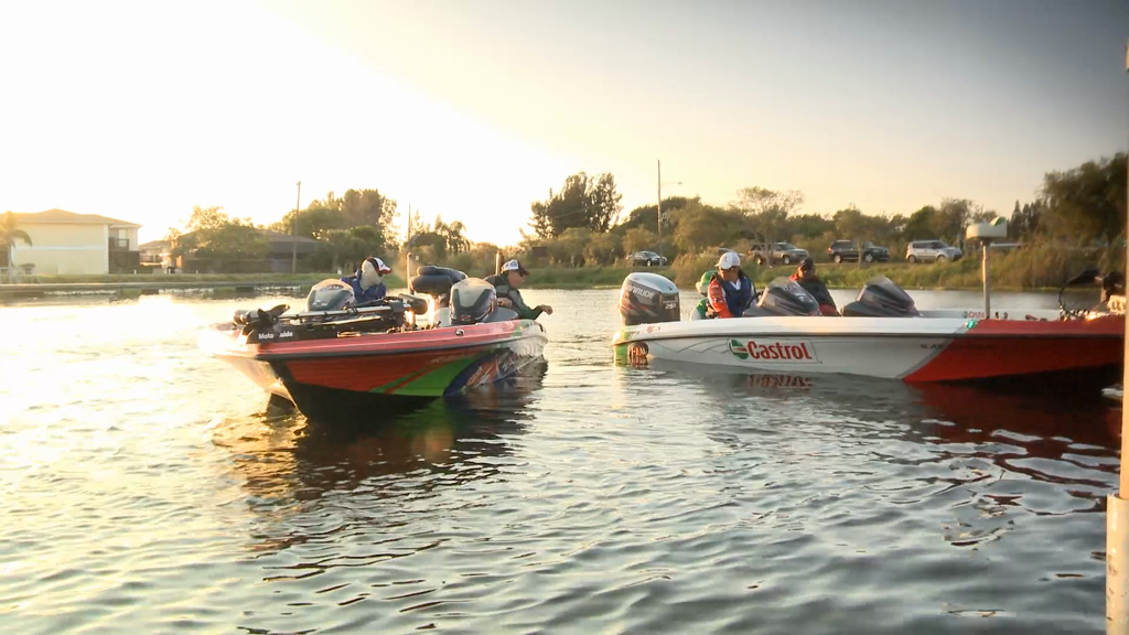 2013 FLW Tour Lake Okeechobee Final Day Take Off