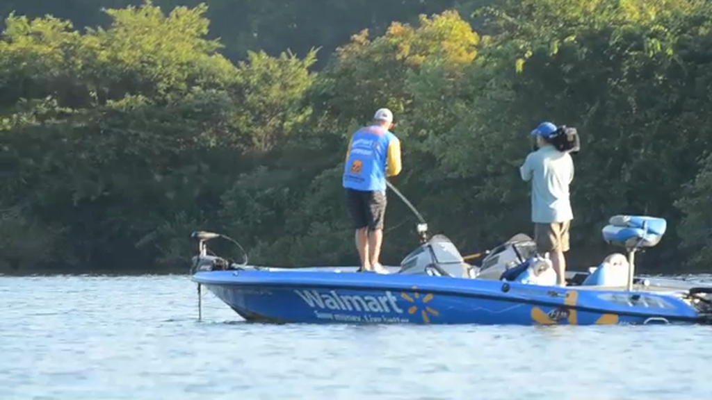 Flw fishing walmart flw tour 2013 lake chickamauga for Chickamauga fishing report