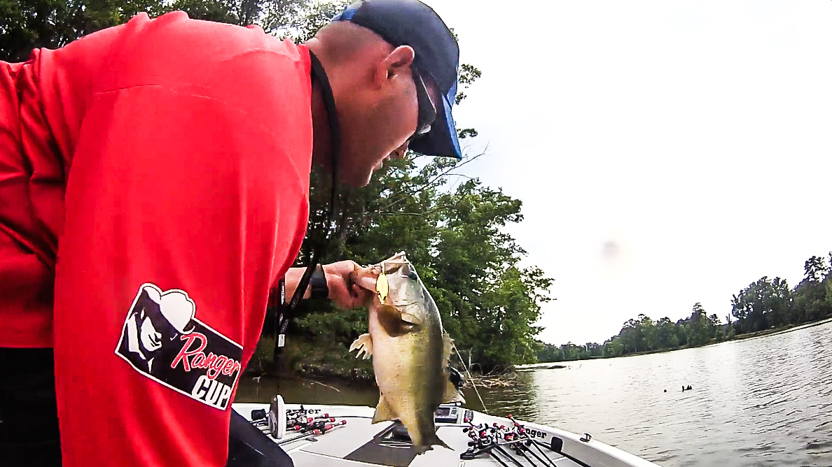Capt. Blake Smith Surprised Over Big Bass