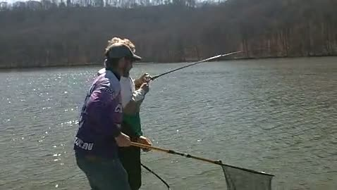 YOUNG HARRIS COLLEGE - RUTHERFORD   THOMPSON000 - Lake Guntersville - 1 - video  6