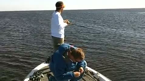 UCF - STONE   SCHNEIDER000 - Lake Okeechobee - 1 - video  4