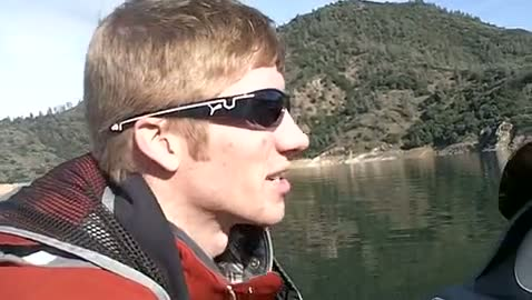 UC DAVIS - MOON   LEWIS000 - Lake Shasta - 1 - video  3