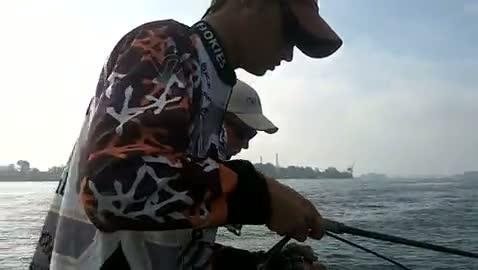 VIRGINIA TECH - FREAS   WHITE00 - Lake Erie - 1 - video  20