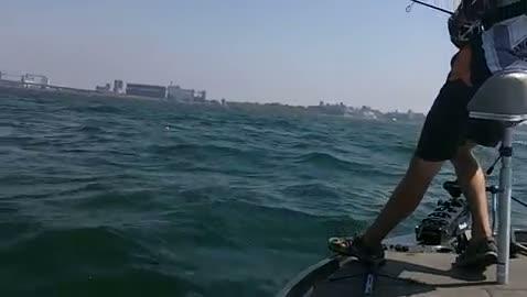 VIRGINIA TECH - FREAS   WHITE00 - Lake Erie - 1 - video  25