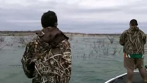 UNIVERSITY OF TEXAS - DALLAS - HEMPHILL   NGUYEN00 - Lake Amistad - 1 - video  13