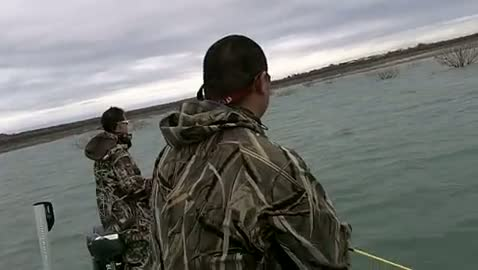 UNIVERSITY OF TEXAS - DALLAS - HEMPHILL   NGUYEN00 - Lake Amistad - 1 - video  16