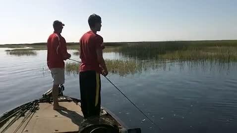 AUSTIN PEAY - LYONS   GENZ000 - Lake Okeechobee - 1 - video  8