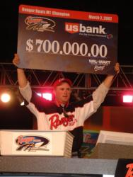 Starting in 2002, David Dudley began to prove that he was a closer in big money events when he won the M1 tournament on the Mobile, Delta.