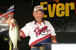 Fifth place at the Pickwick Lake event belonged to Dewey Allen of Connersville, Ind. Allen, who recorded a catch of 11 pounds, 13 ounces, won $7,500 for his efforts.