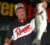 Pro Marshall Deakins of Dunlap, Tenn., finished third with a two-day total of 32 pounds, 6 ounces.