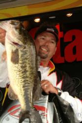 Pro Ron Colby of Page, Ariz., managed to leapfrog from third place in yesterday's competition to the runner-up slot during the finals after landing a two-day catch of 30 pounds, 15 ounces.