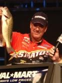 Arkansas resident Larry Nixon caught a 9-pound stringer to take a 3-pound, 6-ounce lead over Bobby Lane.