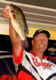 Pro Chris Cox of Appleton, Wis., caught the heaviest limit Saturday but finished third with a final weight of 24-13.