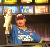 Sam Newby of Pocola, Okla., delivers his last bass to the scales to take the 2005 EverStart Championship by 1 ounce.