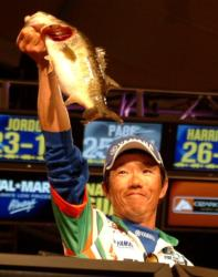 Shinichi Fukae's 14-pound, 1-ounce limit Saturday coupled with the 14-8 stringer he caught Friday proved to be the steadiest pair of limits in the finals.
