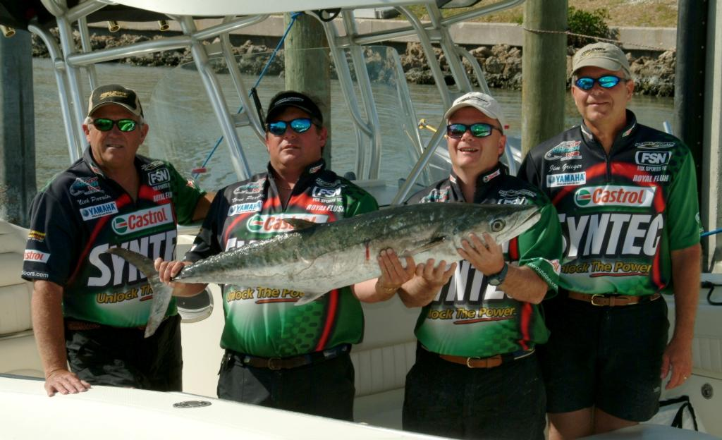 Slip n slide sticks first in sarasota flw fishing articles for Royal flush fishing