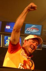 Steve Kennedy reacts after edging out Terry Bolton for the Kentucky Lake win.