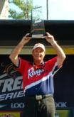 Pro Lendell Martin shows off his trophy for winning the Stren Series Central Division event on Sam Rayburn.