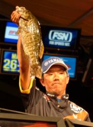 Fifth-place pro Shinichi Fukae of Mineola, Texas, caught 10 bass weighing 30-3 in Lake Champlain