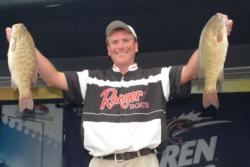 Pro Joe Balog of Harrison Township, Mich., recorded a two-day catch of 37 pounds, 12 ounces to fish the Lake Erie event in second place.