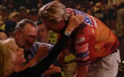 Brent Ehrler gets a joyful hug from his mom and dad after he won $500,000 as the 2006 FLW Tour champion.