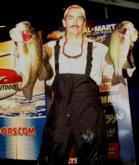 Pro Ricky Scott of Van Buren, Ark., is tied for fourth with 14-5.