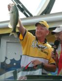 Barry Smith is the sixth-place pro with 79 pounds, 13 ounces over four days.