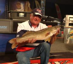 Jim Preissner took fifth in the Pro Division with a final-round total of 10 walleyes weighing 47 pounds, 4 ounces.