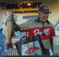 Pro David Truax won $5,657 for his fifth-place finish on Falcon Lake.