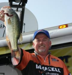 A 21-pound bag on day two gave Dave Parsons a sizeable lead that he would never relinquish.