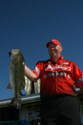 Fourth-place pro Timothy Venkus caught his second bass of 10-plus pounds on the final day of the tournament.