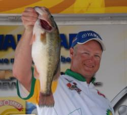Pro Zack Bull of Lakeland, Tenn., finished third with four-day total of 70 pounds, 9 ounces for $8,026.