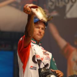 Terry Bolton of Jonesboro, Ark., holds down the third place position with five bass for 10 pounds, 15 ounces.